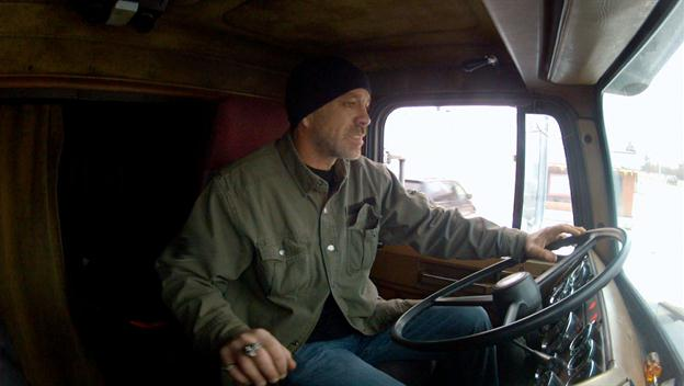 Big Rig Bounty Hunters: Shawn and Vince Have to Out Run a Truck Thief