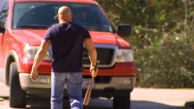 Big Rig Bounty Hunters: The Holdens Are Chased Off a Property