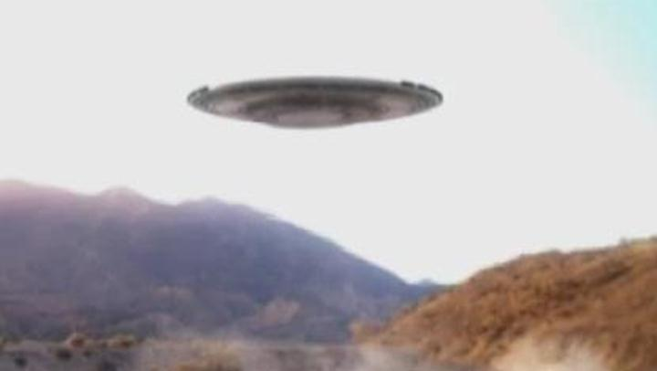 Alien Files: Wha's that Coming Over the Hill?