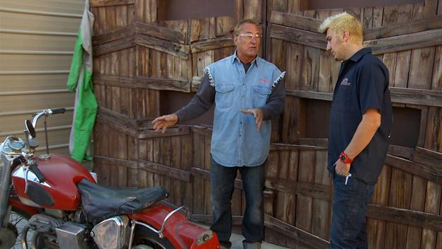 American Restoration: Ariel Motorcycle Figure Out