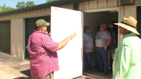Storage-Wars-Texas-104-You-Mess-With-The-Bull